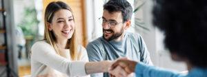 Der Abschluss von Versicherung ist für Immobilienbesitzer eine wichtige Empfehlung.